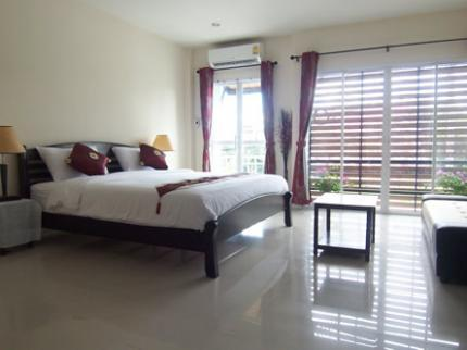 Phuket FLY Guesthouse