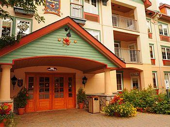 Au Pied de la Montagne Bed and Breakfast