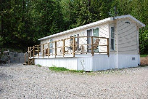 ‪Castlegar RV Park, Cabins & Campground‬