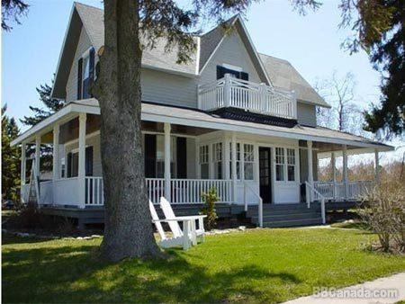 Grey Gables Bed and Breakfast