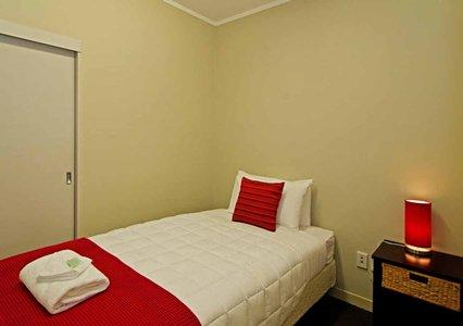 Auckland Airport Inn