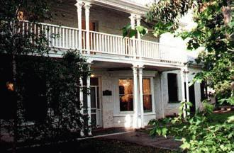 ‪Willunga House Bed and Breakfast‬