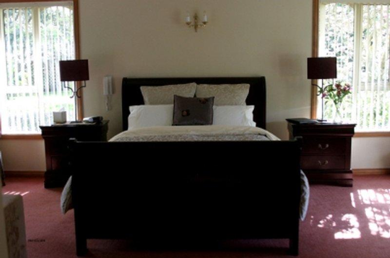Broadeaves Bed and Breakfast