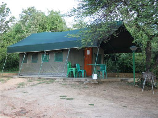 Safari Tents, Bungalows, Bush Camping