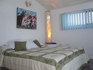 Sarina Beach Fernandos Hideaway Bed & Breakfast