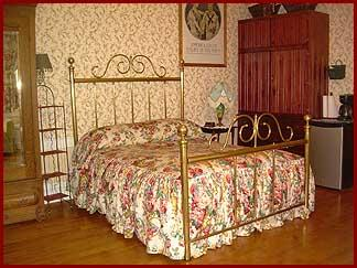 Ohio River House Bed an