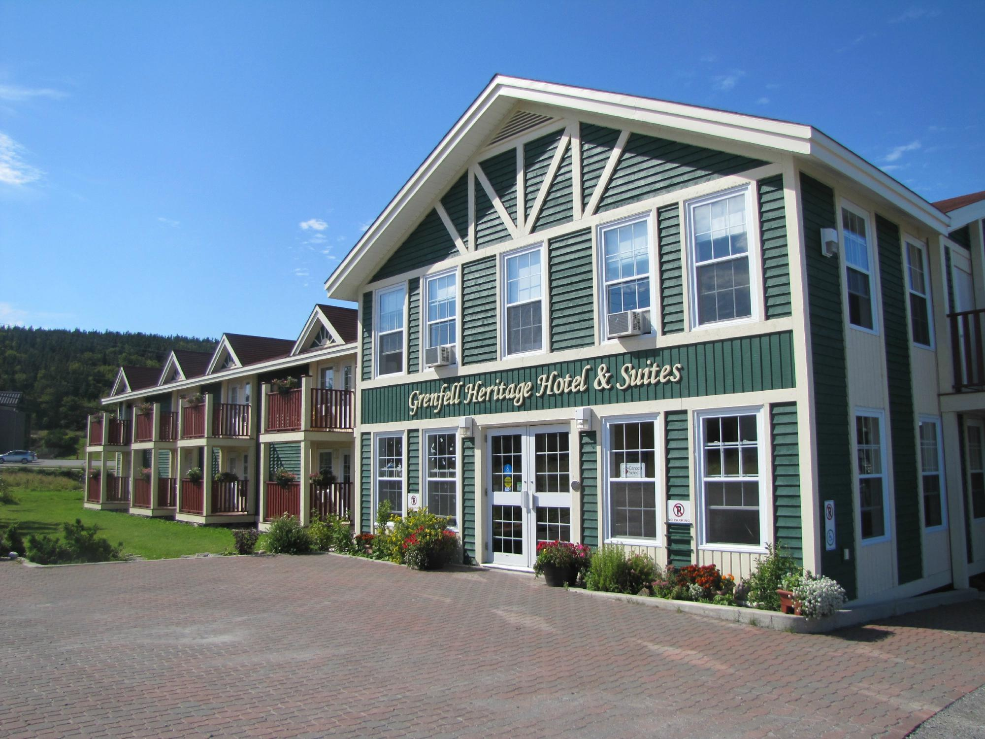 Grenfell Heritage Hotel & Suites