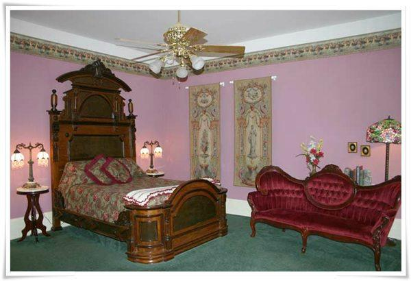 Falcon Manor Bed and Breakfast