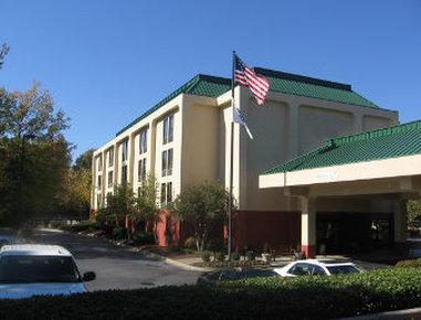 ‪Baymont Inn and Suites Greenville-Haywood‬