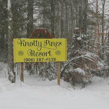 Knotty Pines Resort