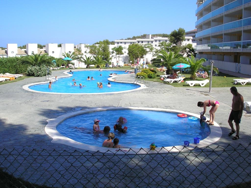 Siesta Dorada Apartments