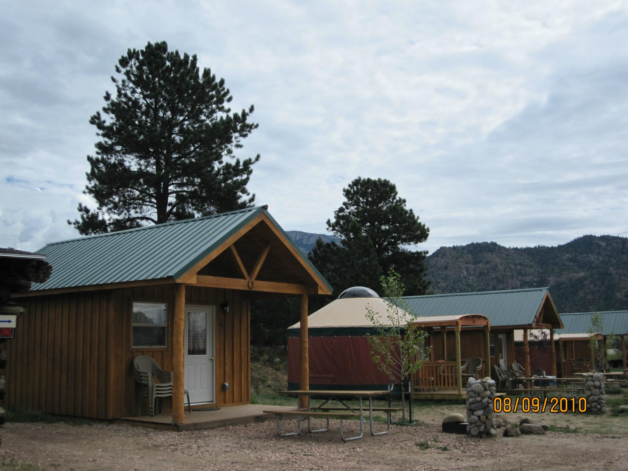 Arrowhead Point Campground & Cabins