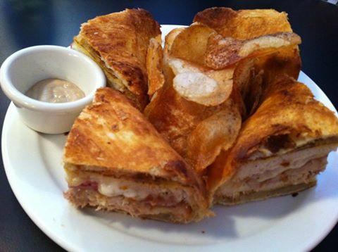 Monte Cristo baked in Puff Pastry