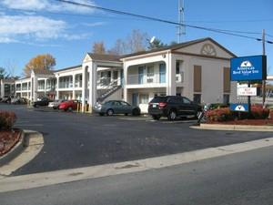 Americas Best Value Inn- Fredericksburg South