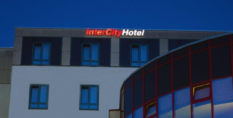 ‪InterCity Hotel Augsburg‬