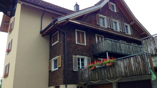 Mittel Bachli Bed and Breakfast