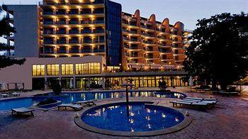 ‪DoubleTree by Hilton Varna - Golden Sands‬