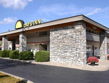 Days Inn Pittsburgh-Harmarville