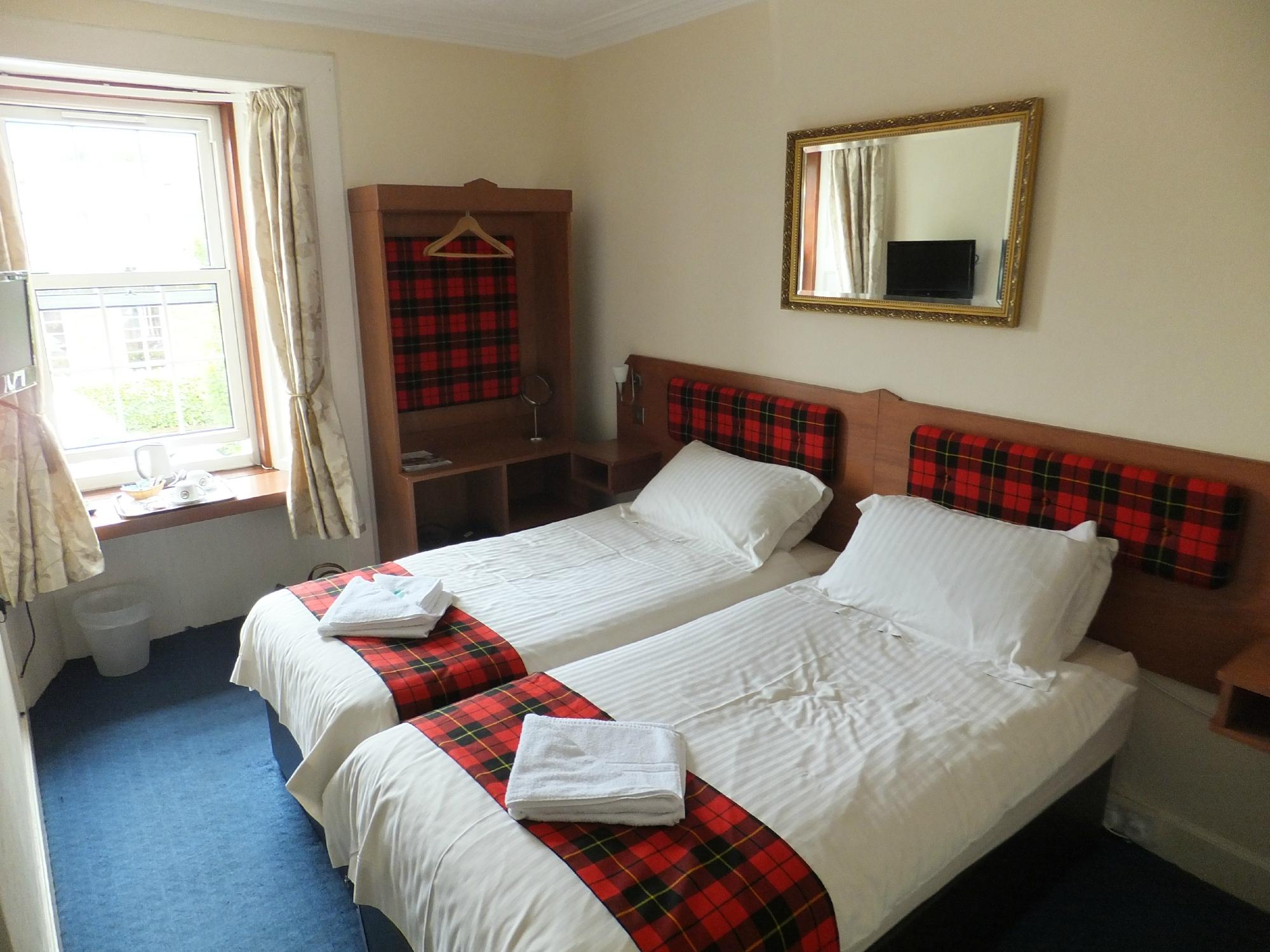 Highland House Hotel