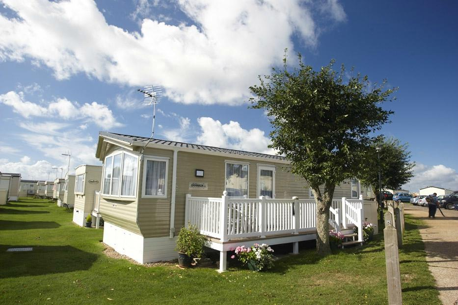 Rye Harbour Holiday Park - Park Holidays UK