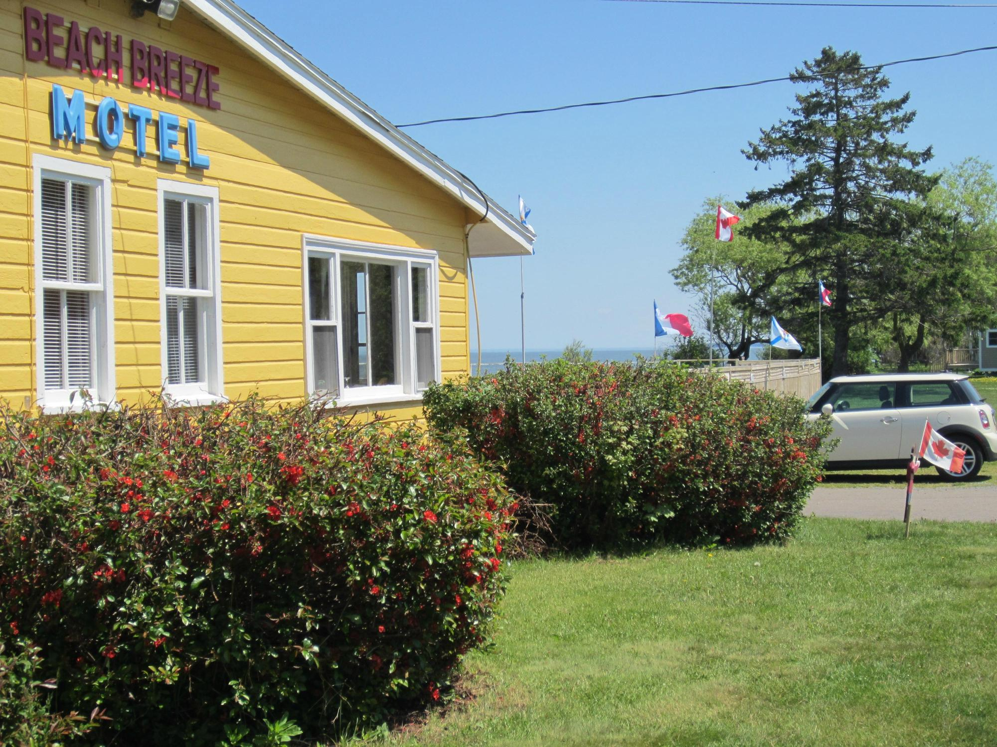 Beach Breeze Motel
