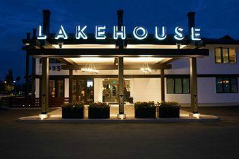 ‪Lakehouse Hotel & Resort‬