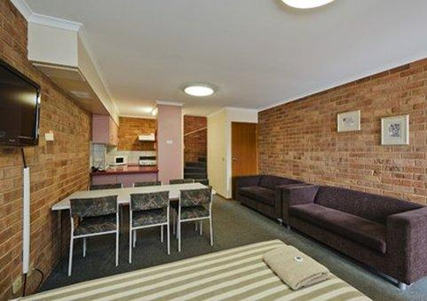 ‪Comfort Inn & Suites Werribee‬