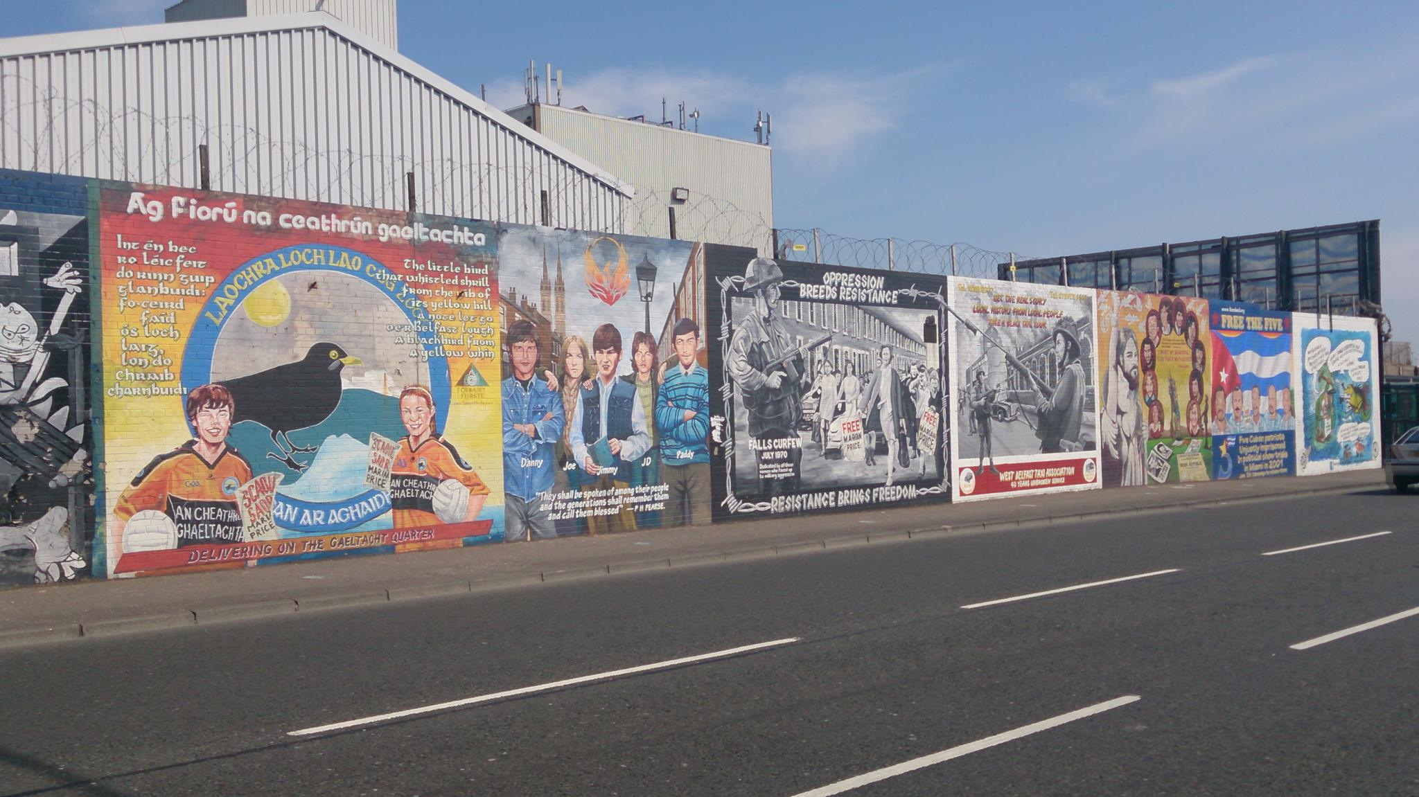 West belfast mural tours northern ireland hours for Mural belfast