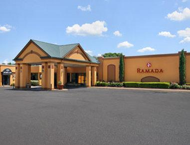 Ramada Forsyth Hotel and Conference Center