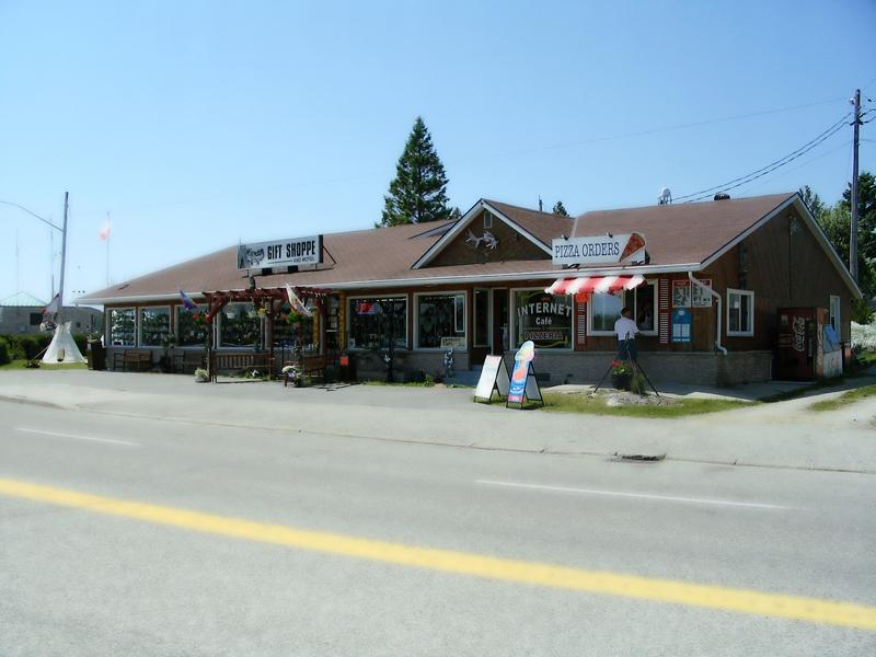 The Wigwam Gift Shoppe & Motel