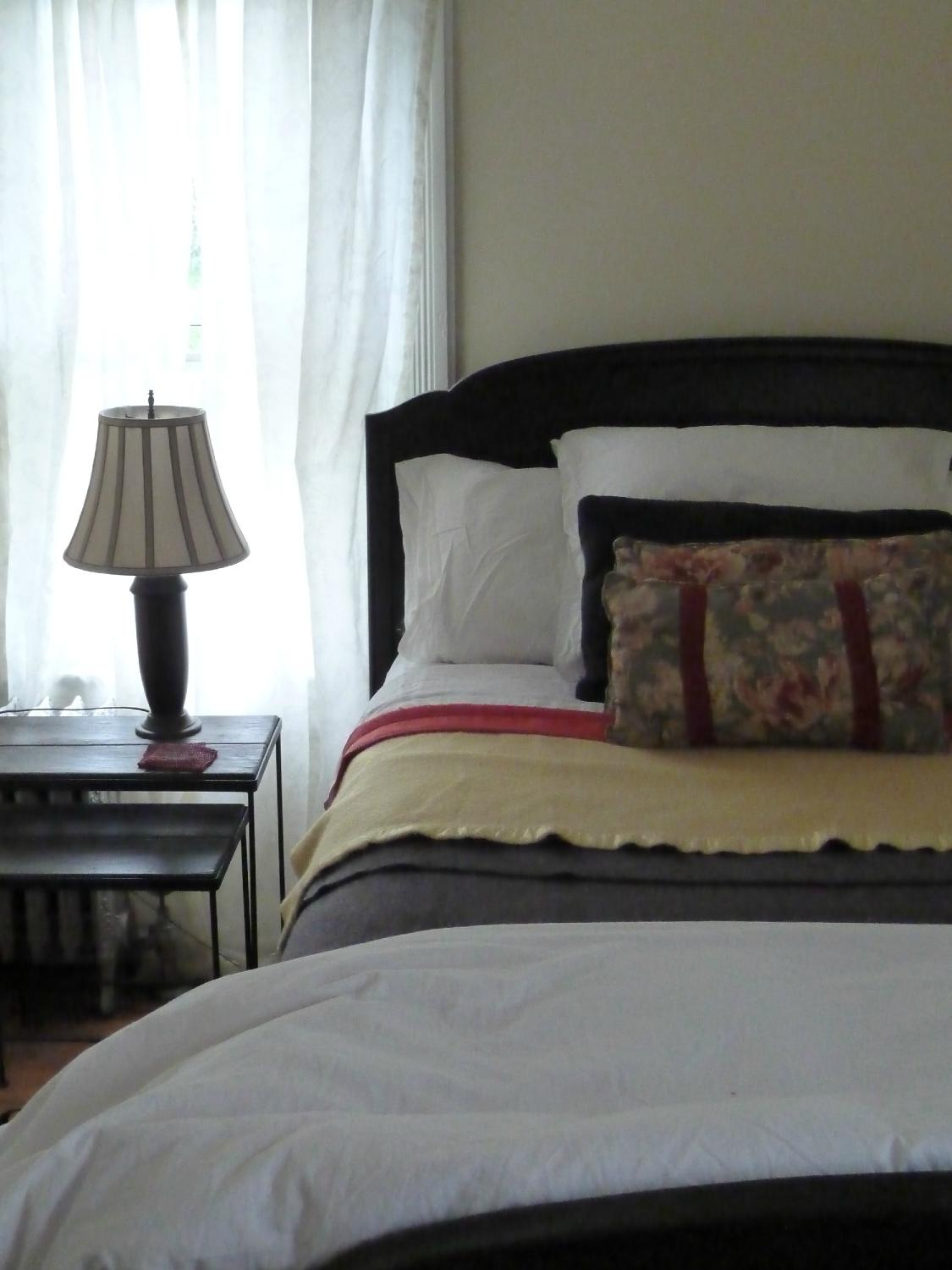 Cooper House Bed and Cocktail