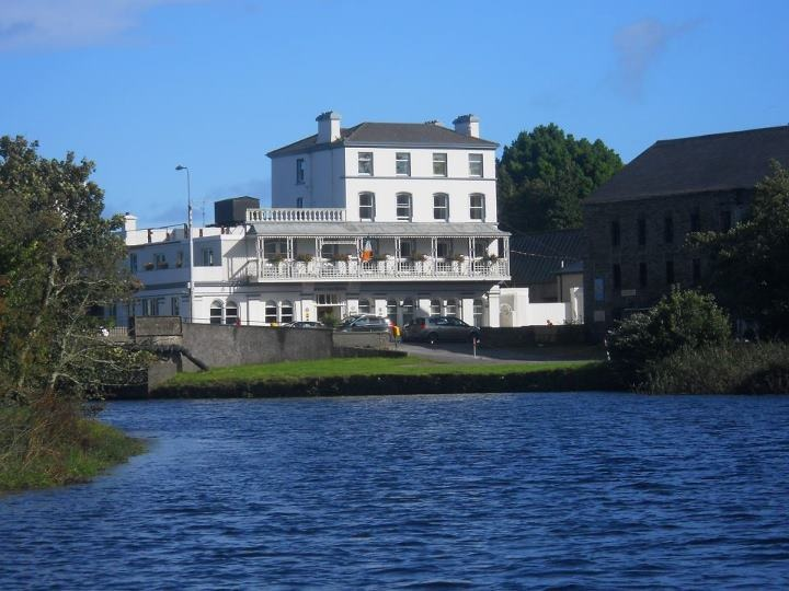 ‪The West Cork Hotel‬