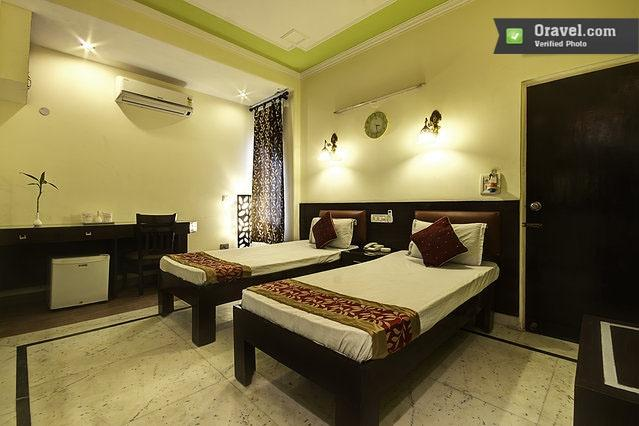 OYO Rooms Huda City Center