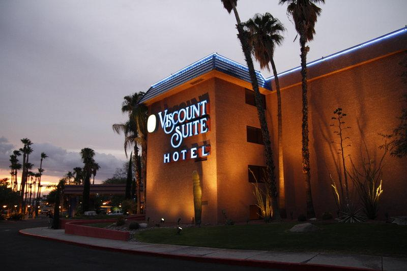Viscount Suite Hotel