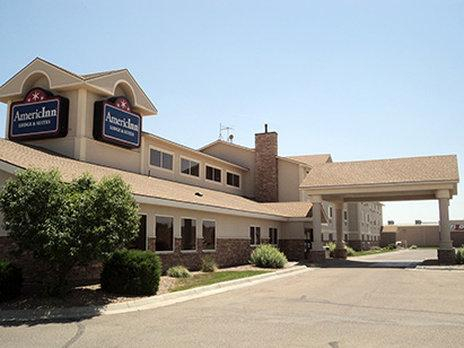 AmericInn Lodge & Suites Garden City