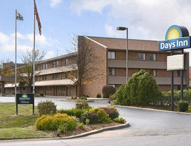 ‪Days Inn Hurstbourne‬