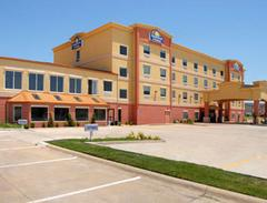 Days Inn and Suites Robinson