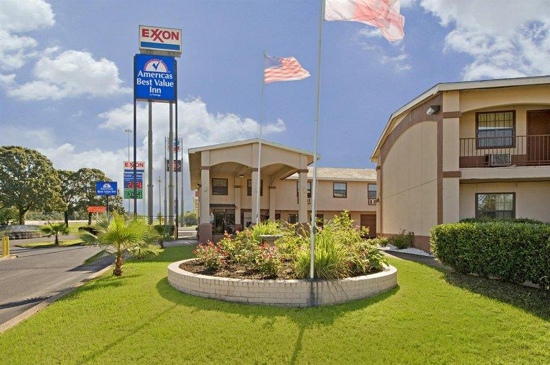 ‪Americas Best Value Inn - Tyler/Lindale‬