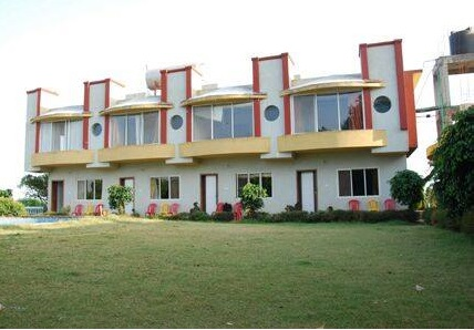 ‪SVInns Dwarkadhish Resort‬