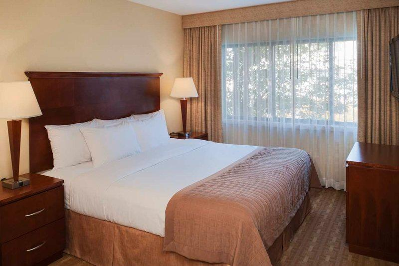 DoubleTree Suites by Hilton Indianapolis-Carmel
