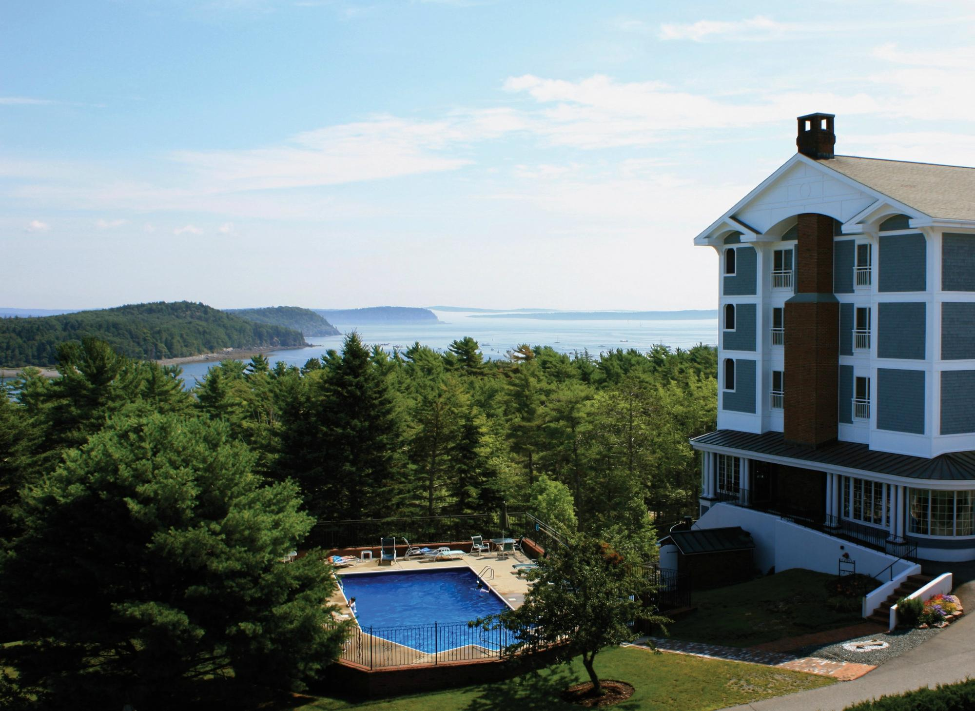Bluenose Inn - A Bar Harbor Hotel