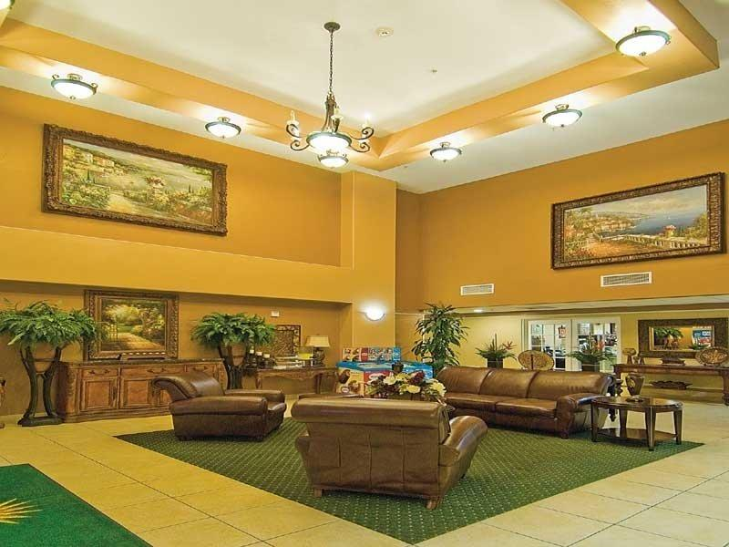 ‪La Quinta Inn & Suites San Antonio North Stone Oak‬