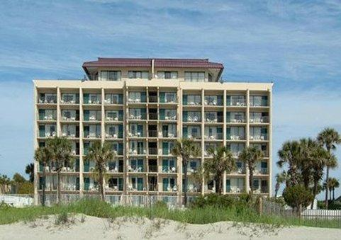 Econo Lodge Inn & Suites Beach