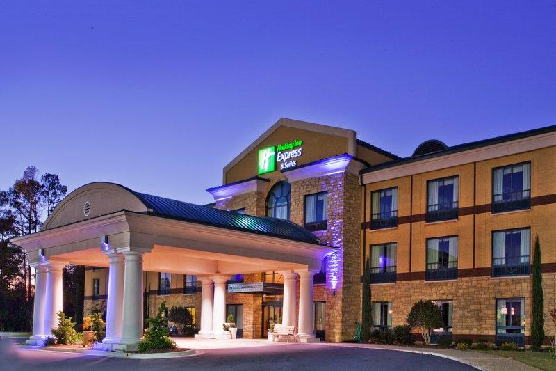 ‪Holiday Inn Express Hotel & Suites Macon West‬