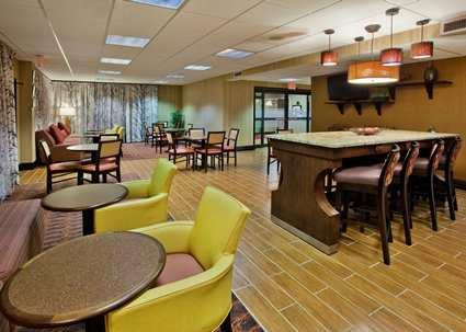 Hampton Inn Commerce