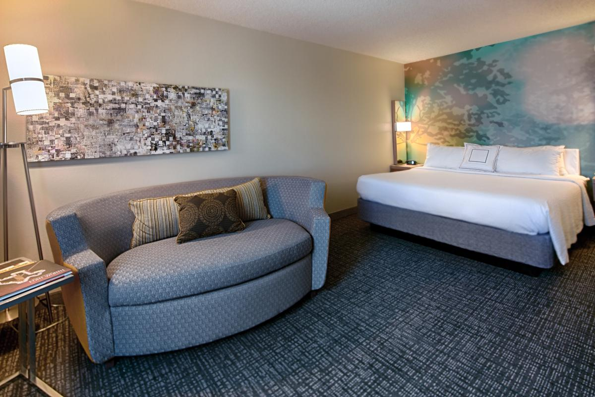 Courtyard by Marriott DFW Airport North / Irving
