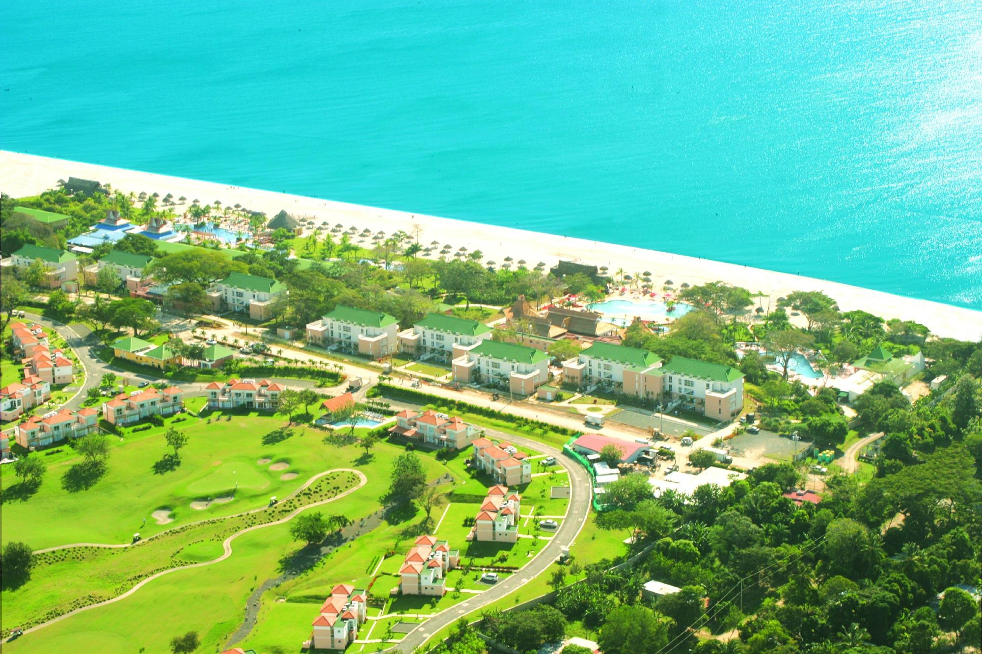 Royal Decameron Beach Resort, Golf & Casino