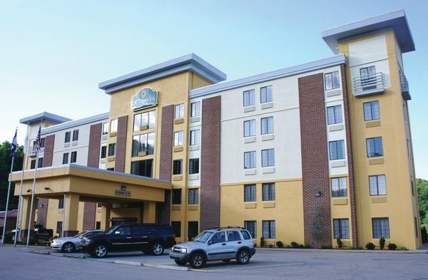 La Quinta Inn & Suites Elkview - Charleston