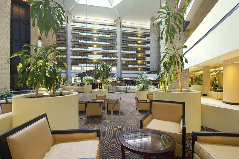 Embassy Suites Hotel Orlando - International Drive / Jamaican Court