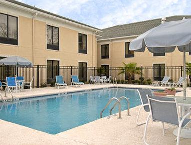 Baymont Inn & Suites - Savannah (West)